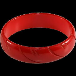 Bakelite Bangle Bracelet Red Carved Vintage