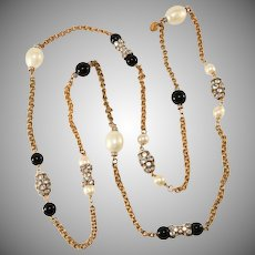 Gripoix Paris Necklace Sautoir Rhinestones and Faux Pearls After Chanel