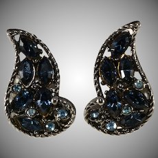 Hollycraft 1960s Sapphire Blue Rhinestone Paisley Earrings Vintage