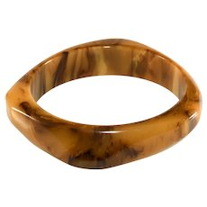 Bakelite Bangle Brown Marbled Asymmetric Pentagon Vintage