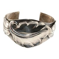Napier Cuff Bracelet Silver Plated Leaf Motif Vintage