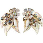 Selini SIGNED White Enamel Floral Leaf Earrings Vintage