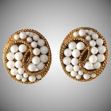 Trifari 1960s White Swirl and Gold Plated Earrings Vintage