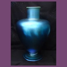 SCARCE Iridescent BLUE Footed Quezal Vase, circa 1920