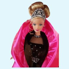 MIB 1998 Mattel Happy Holidays Special Edition Christmas Barbie Doll