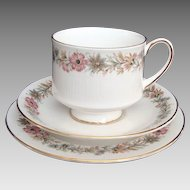 "Paragon ""Belinda"" - Trio - Cup, Saucer & Plate - Vintage"