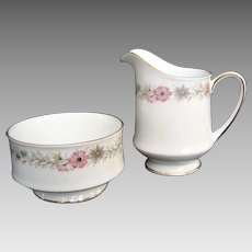 "Paragon ""Belinda"" Milk - Creamer and Sugar - Vintage"
