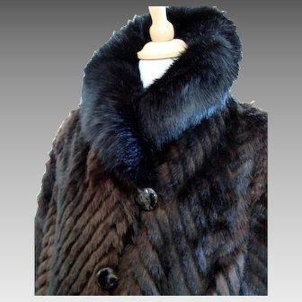Stunning - Vintage - Luxurious Faux Fur Coat - Ladies - LG