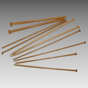 Vintage Wooden Knitting Needles - 5 Pairs
