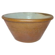 Large Victorian Salt Glaze Farmhouse Bowl - Late 19th Century