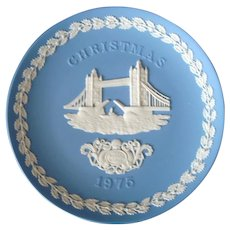 Wedgwood Blue Jasperware - 1975 - Christmas - Decorative Plate - Tower Bridge