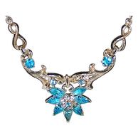 Coro 1952 Gold Tone And Rhinestone Necklace