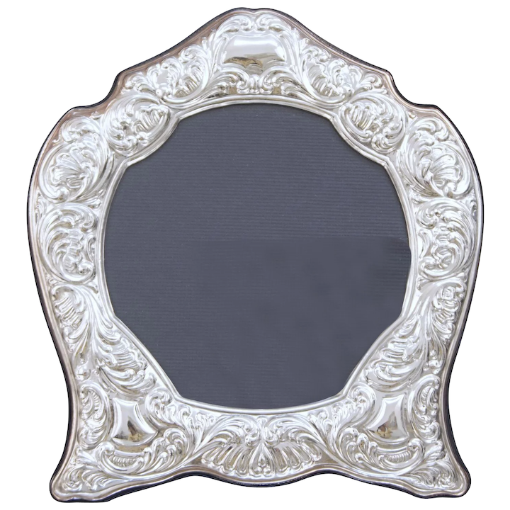 Large Paterna Livi Sterling Silver Repousse 925 Picture Photo Frame 11 X 10 5 Inches