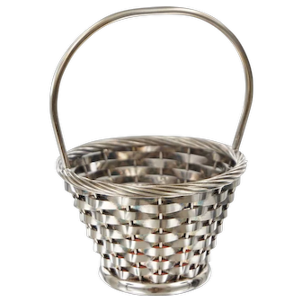 Lovely Vintage Silverplated Woven Basket