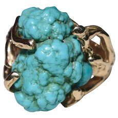 Mid Century Naturalistic 14K Yellow Gold Sleeping Beauty Turquoise Nugget Ring