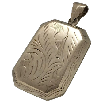 Vintage Etched 925 Sterling Silver Pendant Locket hinged opens to frames for photos 8 grams rectangular