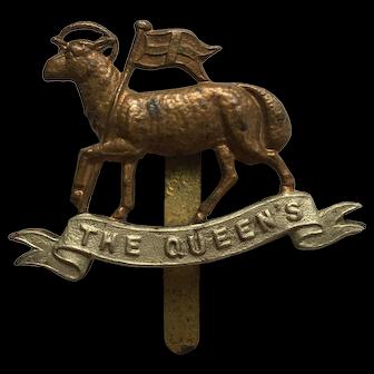 WWI The Queen's Regiment Cap Badge West Surrey