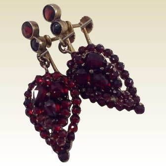 Victorian 14 K Gold Over Silver Bohemian Rose Cut Garnet Dangle Earrings