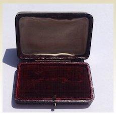 Vintage Leatherette Brooch Display Presentation Box