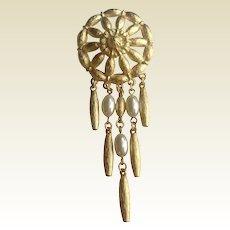 Vintage Gold Tone Metal Faux Pearl Brooch Pin