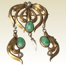 Art Deco Gold Tone Metal Faux Jade Mississippi River Pearl Dangle Brooch