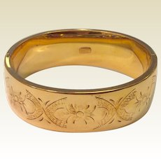 Vintage Wide Winard 12 K Gold Filled Hinged Bangle Bracelet