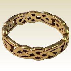 Vintage 14 K Gold Celtic Rope Design Wedding Band