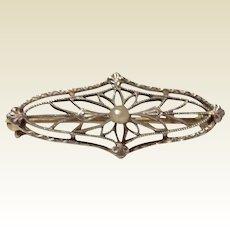 Vintage Art Deco 14 K  Pearl Filigree Brooch
