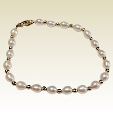 Vintage 14 K Gold Cultured Pearl Bracelet