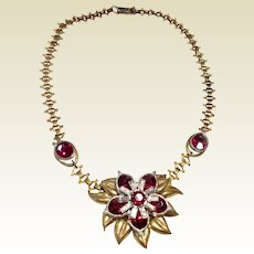 Vintage Gold Tone Red & Clear Rhinestone Pendant Necklace