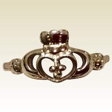 Vintage Sterling Silver Claddagh Ring Size 7 1/4