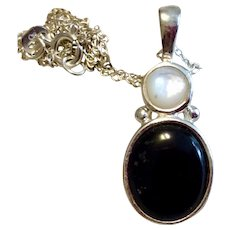 Vintage Sterling Silver Black Onyx MOP Pendant Necklace