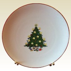 B C Clark's Vintage Christmas Tree Plate 1968 76th Year Limited Edition