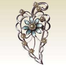 Vintage Silver Tone Metal Faux Pearl Floral Brooch/Pendant