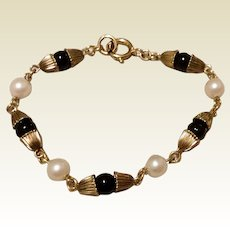 Vintage 12 K Gold Filled Pearl & Black Bead Bracelet 6 1/2""