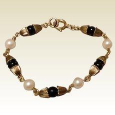 """Vintage 12 K Gold Filled Pearl & Black Bead Bracelet 6 1/2"""""""