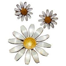 Vintage Enamel  Accessocraft Daisy Brooch & Clip Earrings