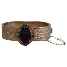 Gold Tone Metal Faux Black Cameo Hinged Bangle Bracelet