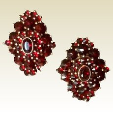 Victorian Bohemian Garnet Pierced Earrings Silver Gilt