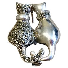 Vintage Sterling Silver Marcasite Double Cat Brooch