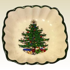Vintage Cuthbertson Original Christmas Tree Scalloped Dish