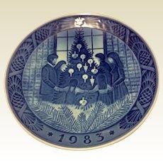 Vintage 1983 Royal Copenhagen  Christmas Plate - Merry Christmas