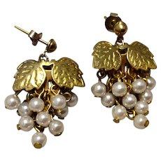 Vintage Gold Tone Metal Cultured Pearl Grape Dangle Earrings