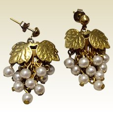 Vintage Gold Tone Metal Cultured Pearl Grape Dangle Earrings