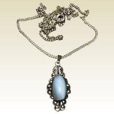Vintage Sterling Silver Opal Pendant & Chain