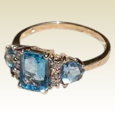 Vintage 14K White Gold Blue Topaz Diamond Ring Size 8