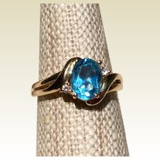 14K Blue Topaz & Diamond Ring Size 6 1/4