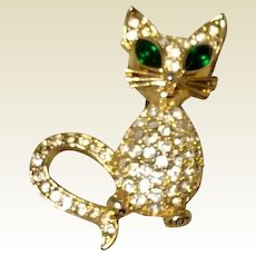Rhinestone Cat Brooch Gold Tone Metal