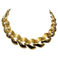 Gold Tone Shinny & Textured Link Necklace