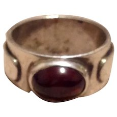 Sterling Silver Garnet Ring Size 6